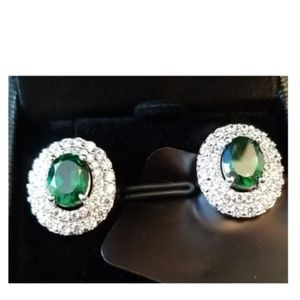 """Emerald"" and ""Diamond"" Oval Earrings   SO PRETTY!"